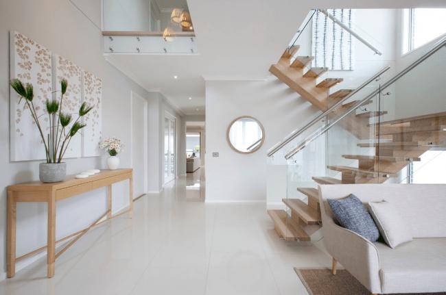 Угол наклона лестницы: как рассчитать оптимальный?